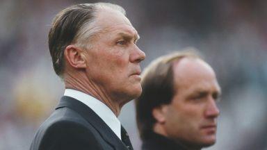 От Микелс до Гуардиола - най-великите треньори във футбола (галерия)