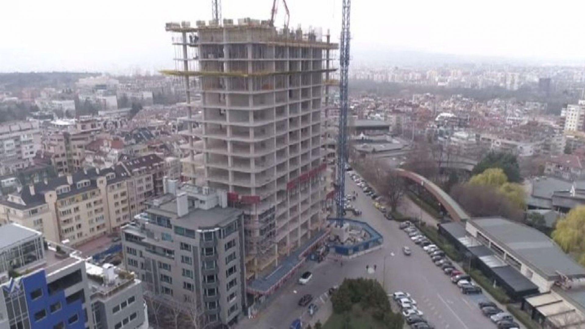 Скандалът с апартаментите на властта се пренасочва от имотните сделки