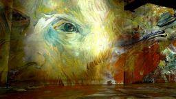 Потопете се в цветовете на Ван Гог, както никога досега