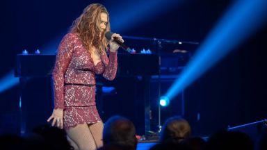 Музикалното чудо Бет Харт се завръща през декември
