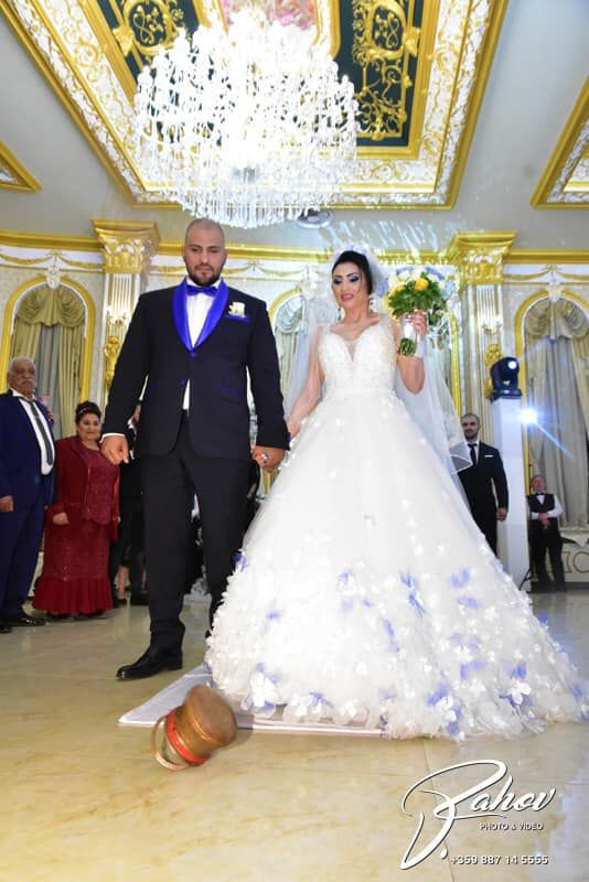 Софи Маринова и Гринго на сватбата им