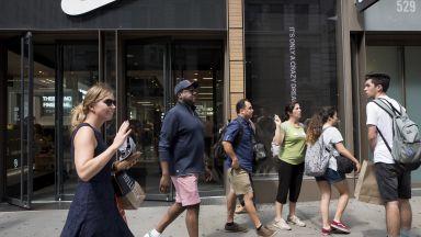 Служители на Nike на протест срещу отношението към жените в компанията