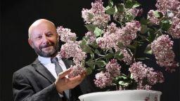 Порцеланови цветя превръщат в милионер руски емигрант в Щатите