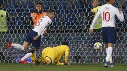 Англия върви в притеснителен график - по 5 гола за всеки (резултати)