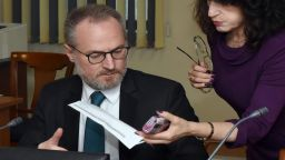 """""""Правен свят"""": Съпругата на Лозан Панов купила от """"Артекс"""" жилище за 225 евро на м2"""