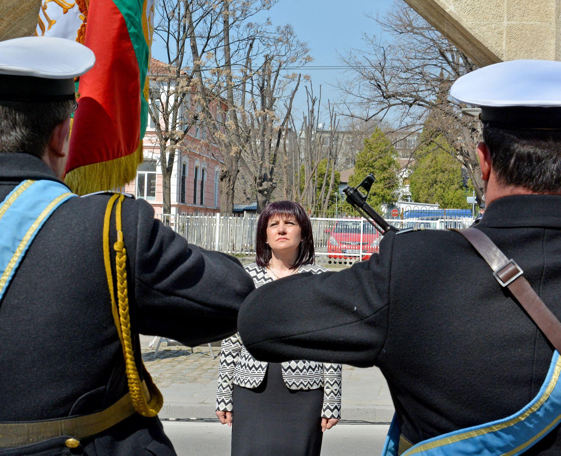 Председателят на Народното събрание Цвета Караянчева участва церемония по отбелязването на 106-ата годишнина от превземането на Одринската крепост и Деня на Тракия във Варна