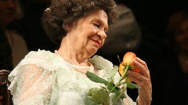 Стоянка Мутафова: След смъртта на Нейчо сложих кръст на сърцето си