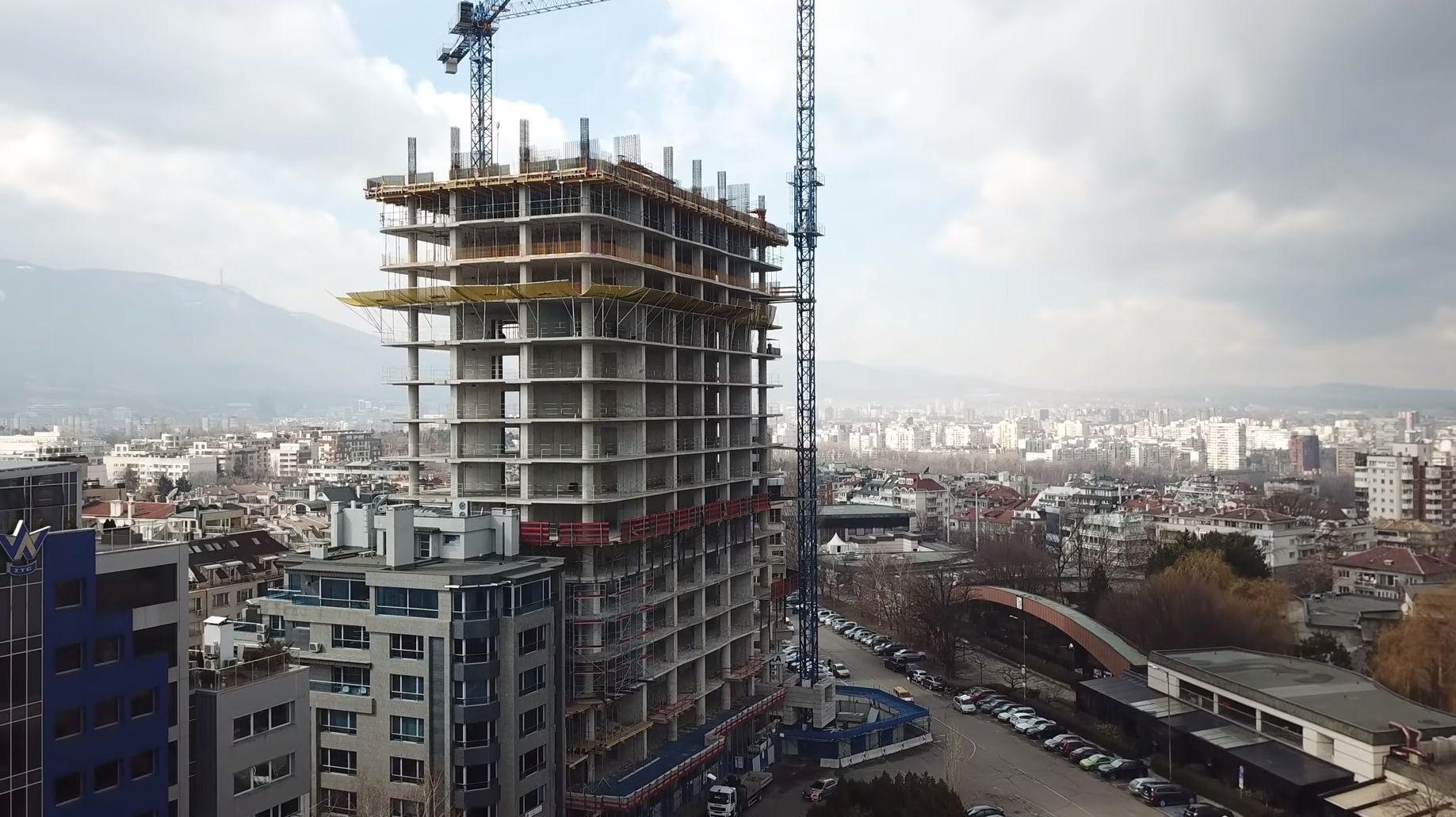"""Построеното досега от сградата """"Златен век"""" ще бъде обезопасено"""