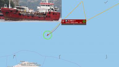 108 мигранти отвлякоха танкер в Средиземно море
