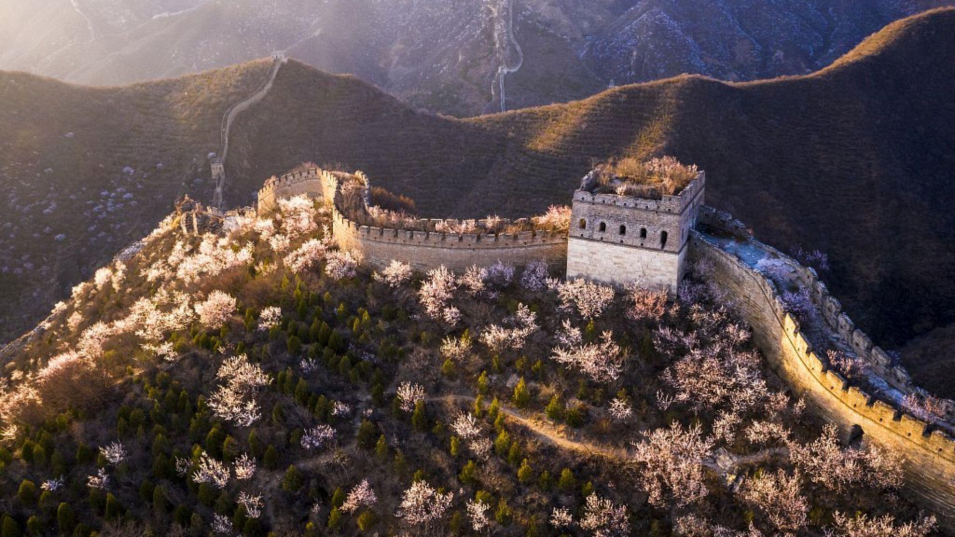 Пролет на Великата китайска стена (галерия)