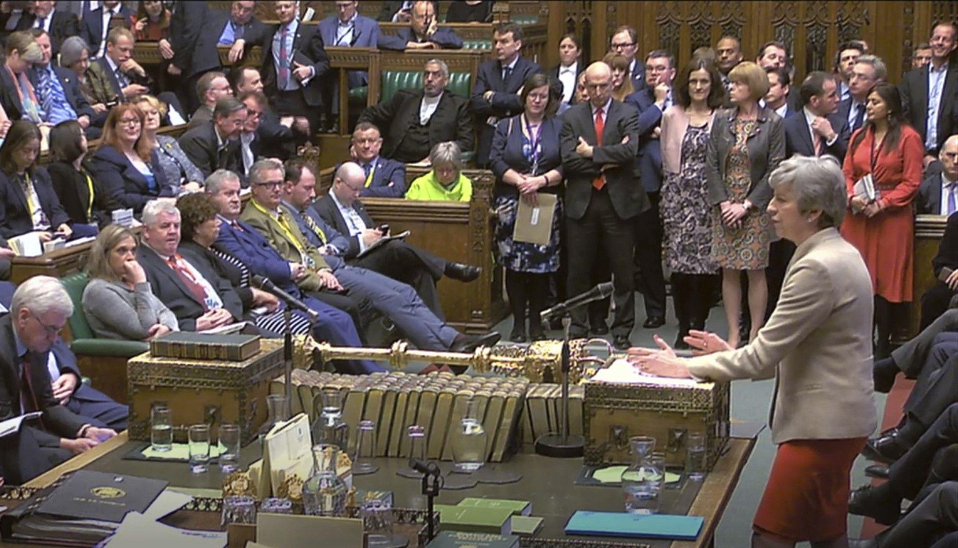 Тереза Мей по време на дебатите за Брекзит в парламента, 29 март 2019 г.