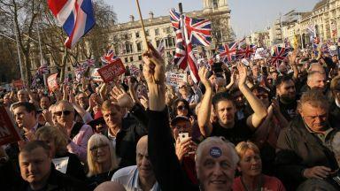 Великобритания отхвърля всякакво удължаване на преговорите с ЕС
