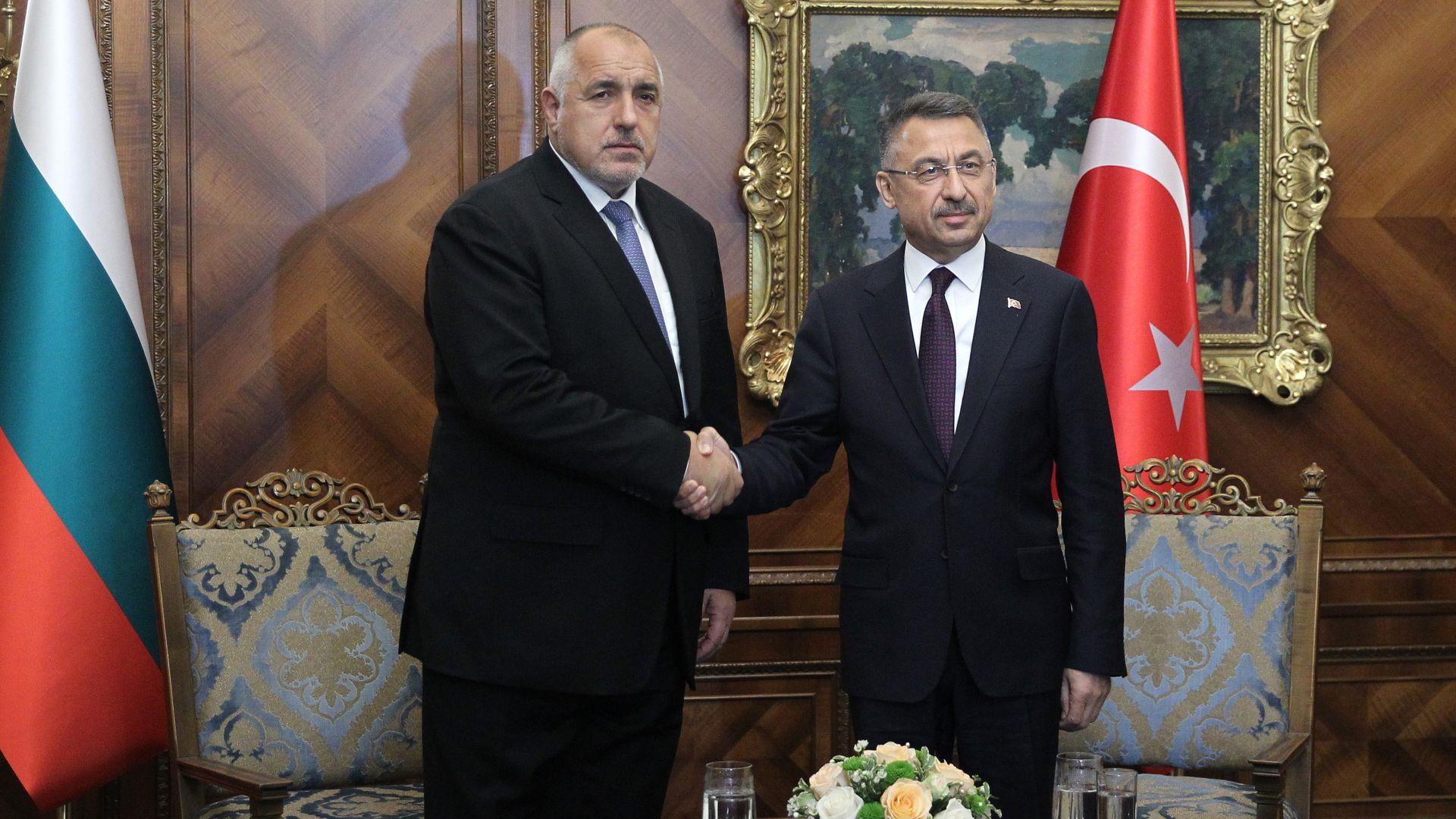 Турция не пожела да се извини за думите на Чавушоглу