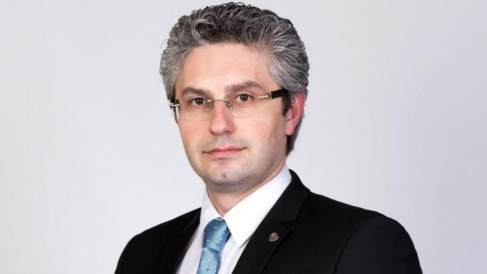 Станислав Стоянов сменя Цветан Цветанов в парламента