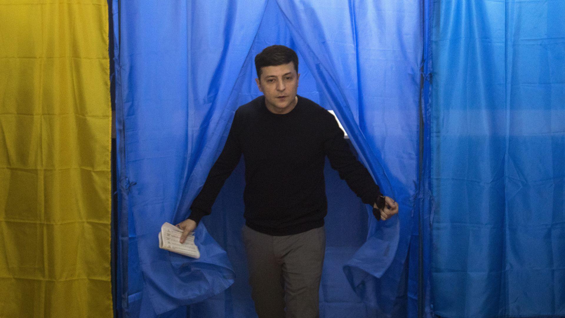Фаворитът за президент на Украйна обеща да ходи с колело на работа