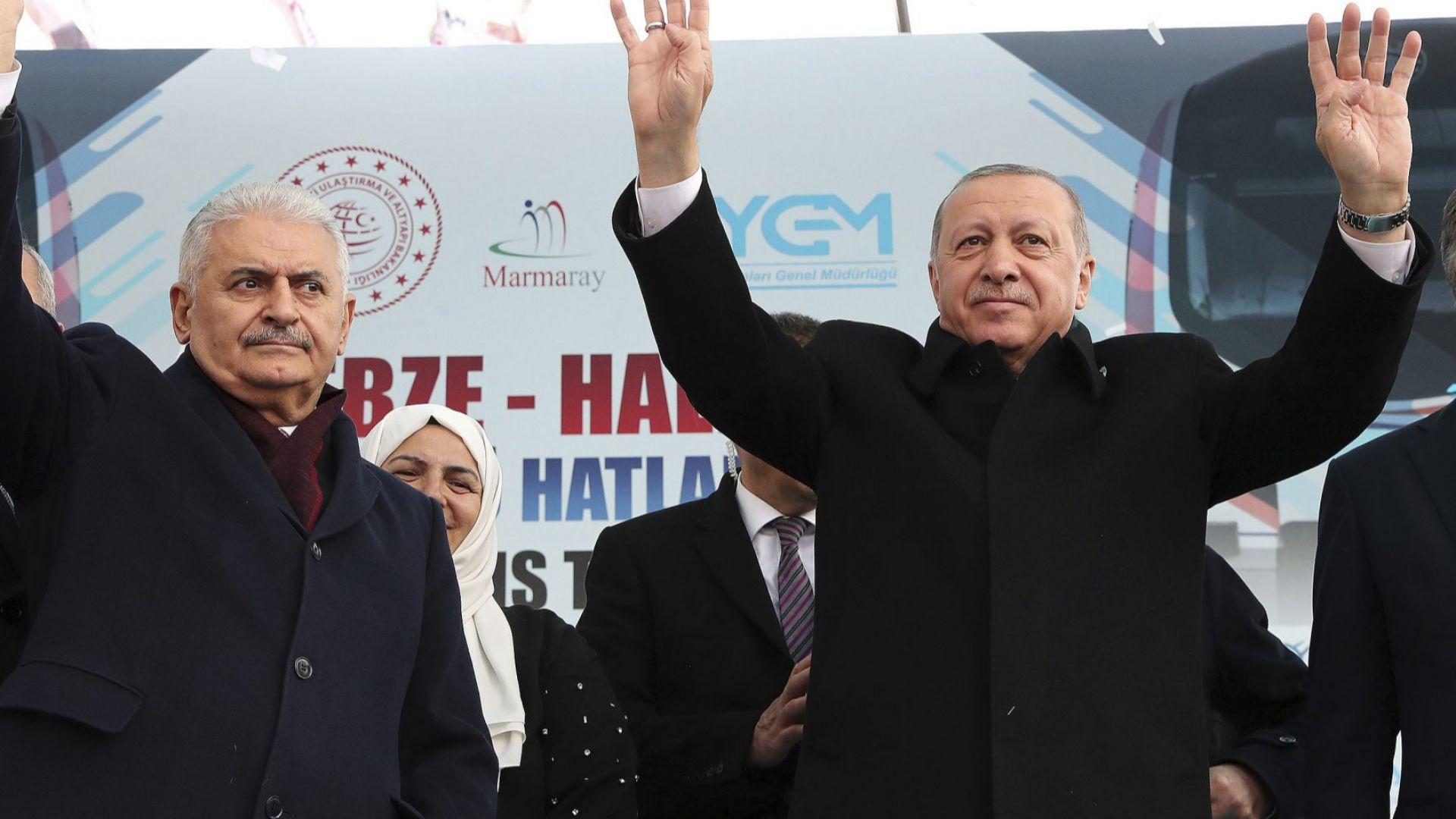 Решаващ втори вот за Истанбул, над 10 млн. имат право на глас. Кои са кандидатите?