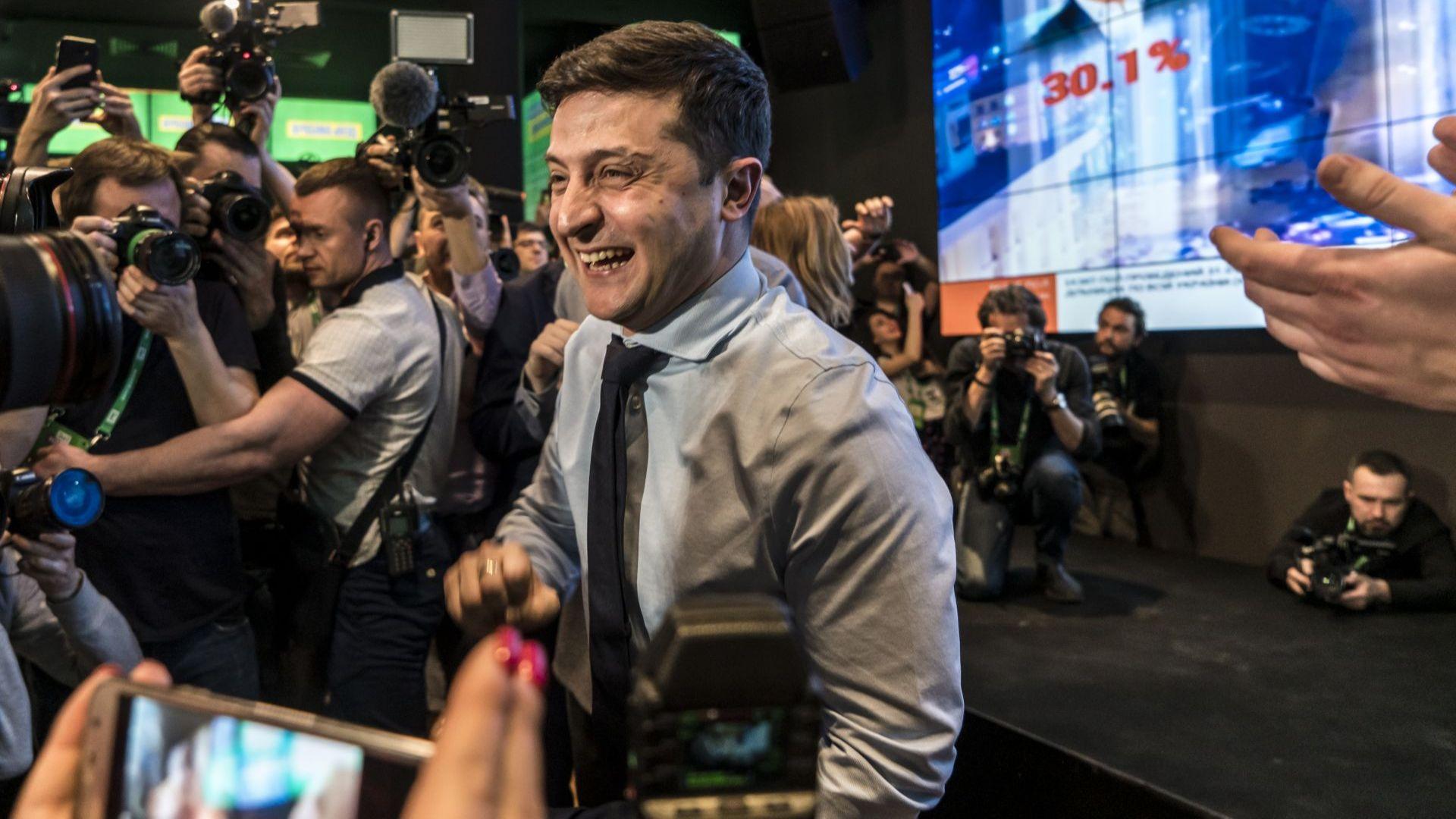 При обработени 60,28% от глaсовете: Порошенко и Тимошенко се борят за място на балотажа с актьора Зеленски