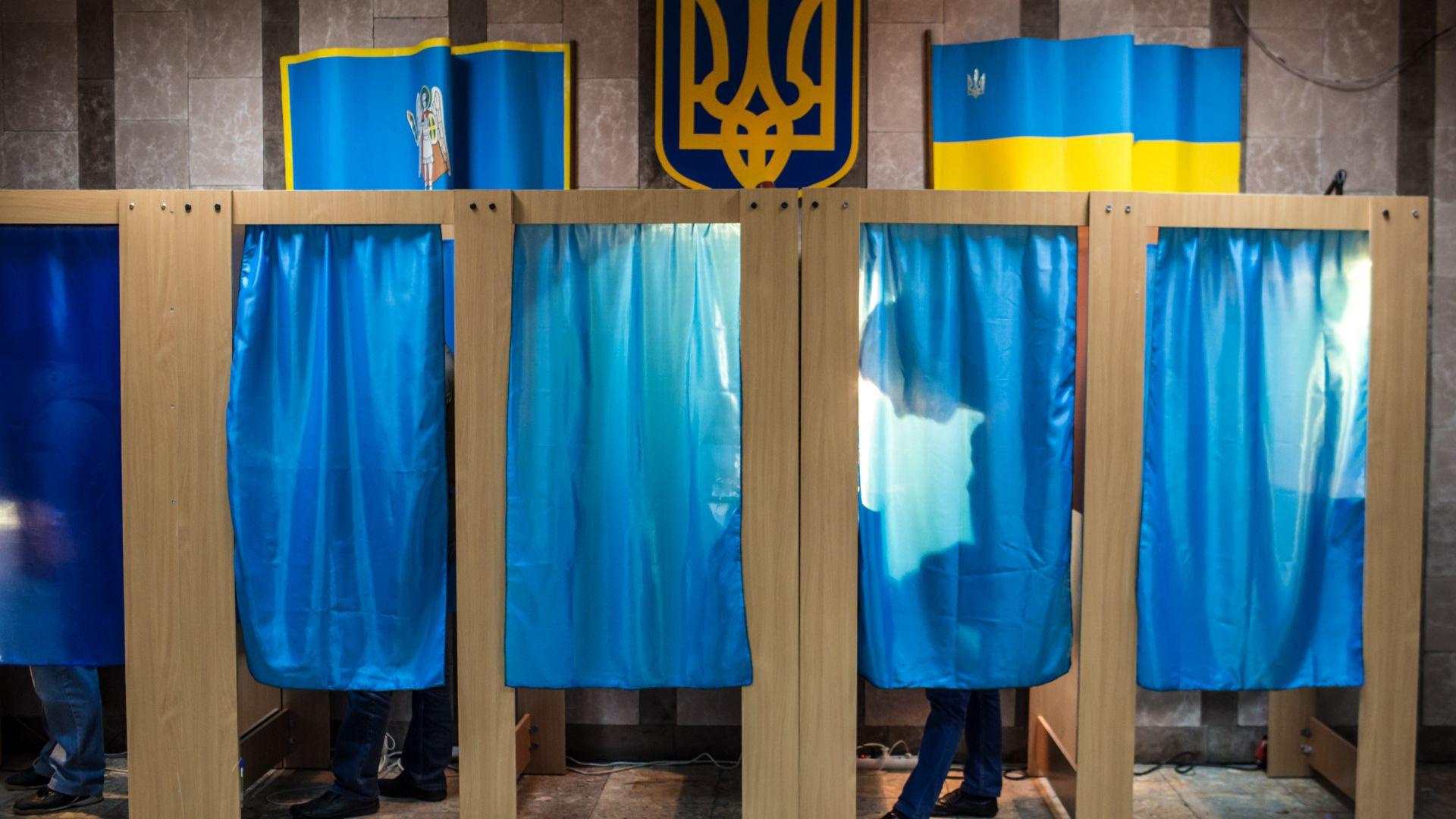 Актьор срещу Краля на шоколада на втория тур на президентските избори в Украйна