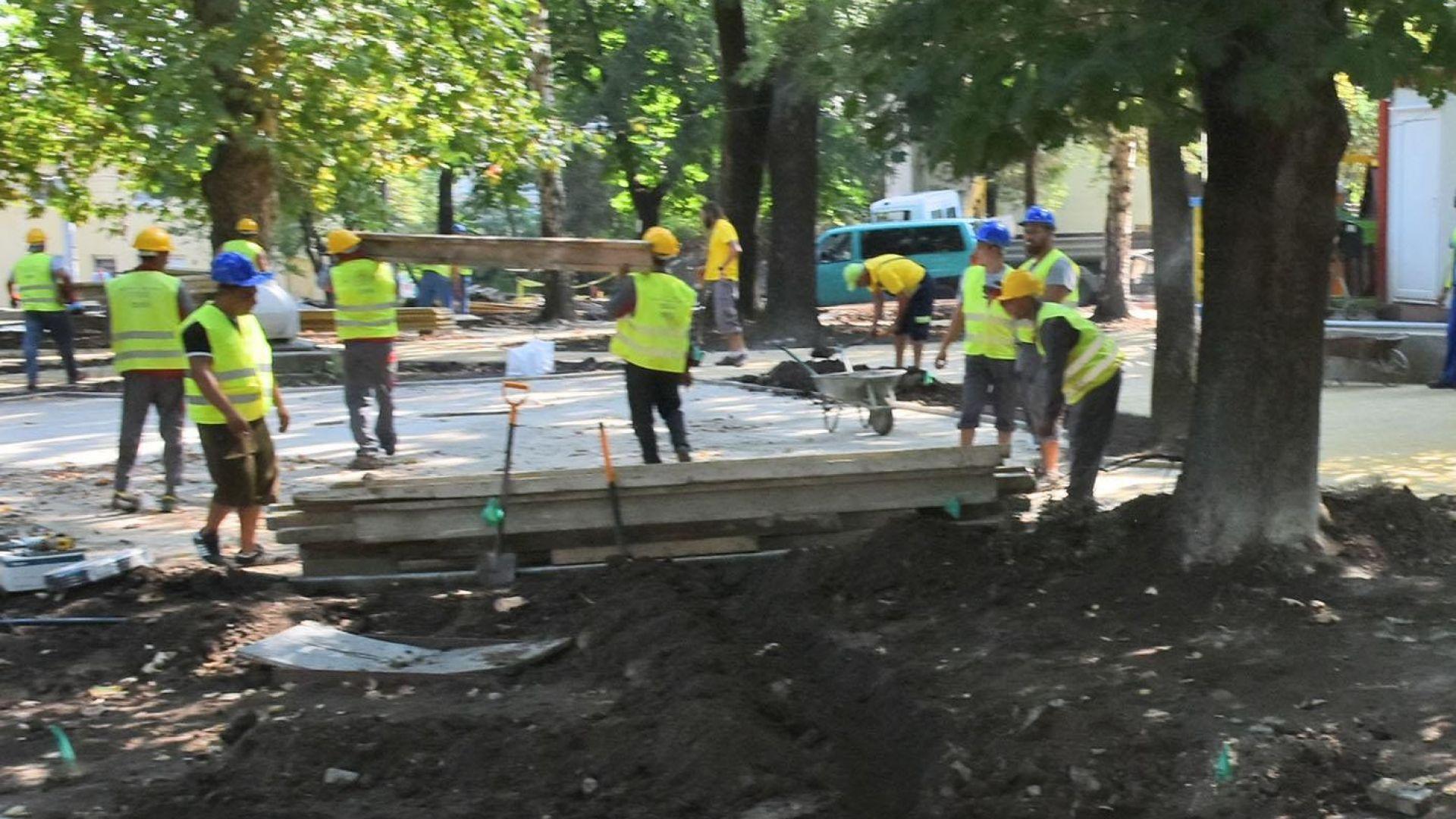 Общини масово уреждат застрояване на паркове и градинки
