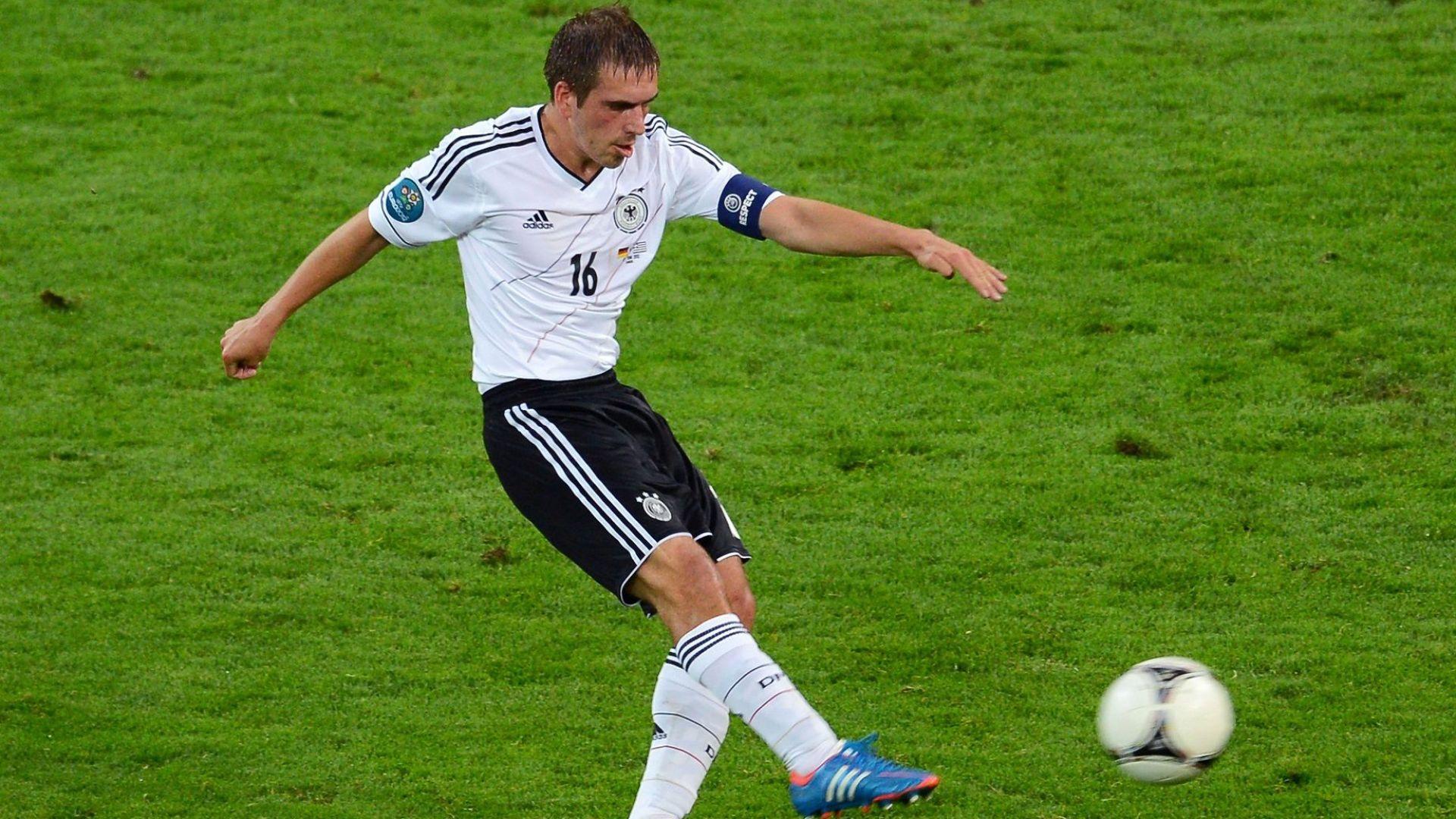 Капитанът на шампионския Бундестим оглавява немския футбол
