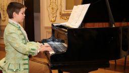 """""""Малкият Моцарт"""" ще свири за първи път с Радиосимфониците"""