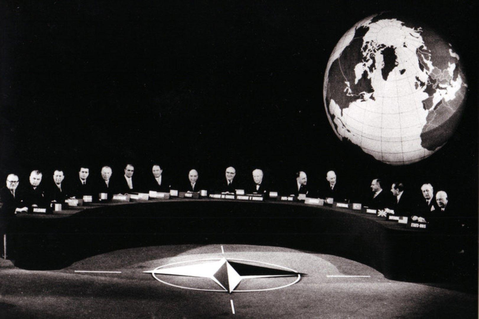 Основаването на НАТО