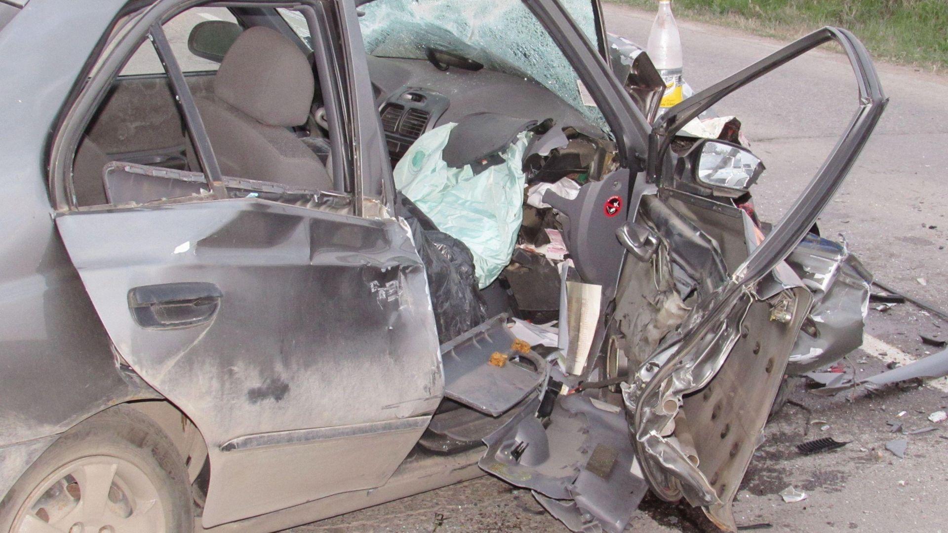 Тежко ранен шофьор избяга от мястото на катастрофата