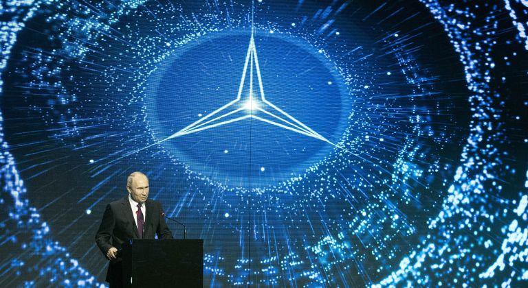 Путин откри първия завод на Mercedes в Русия