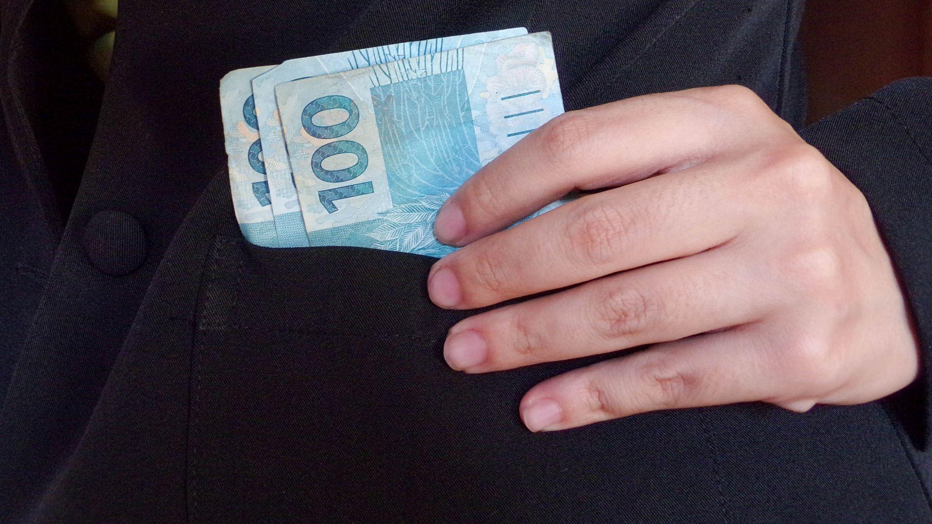 Арестуваха за подкуп две инспекторки на БАБХ-Пловдив
