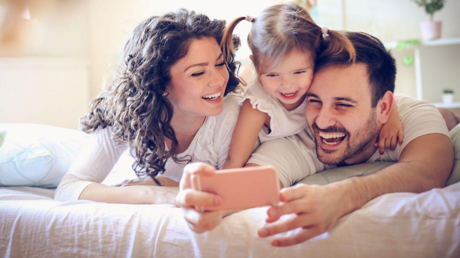 Мъжете, които се грижат повече за децата си, са по-ревниви