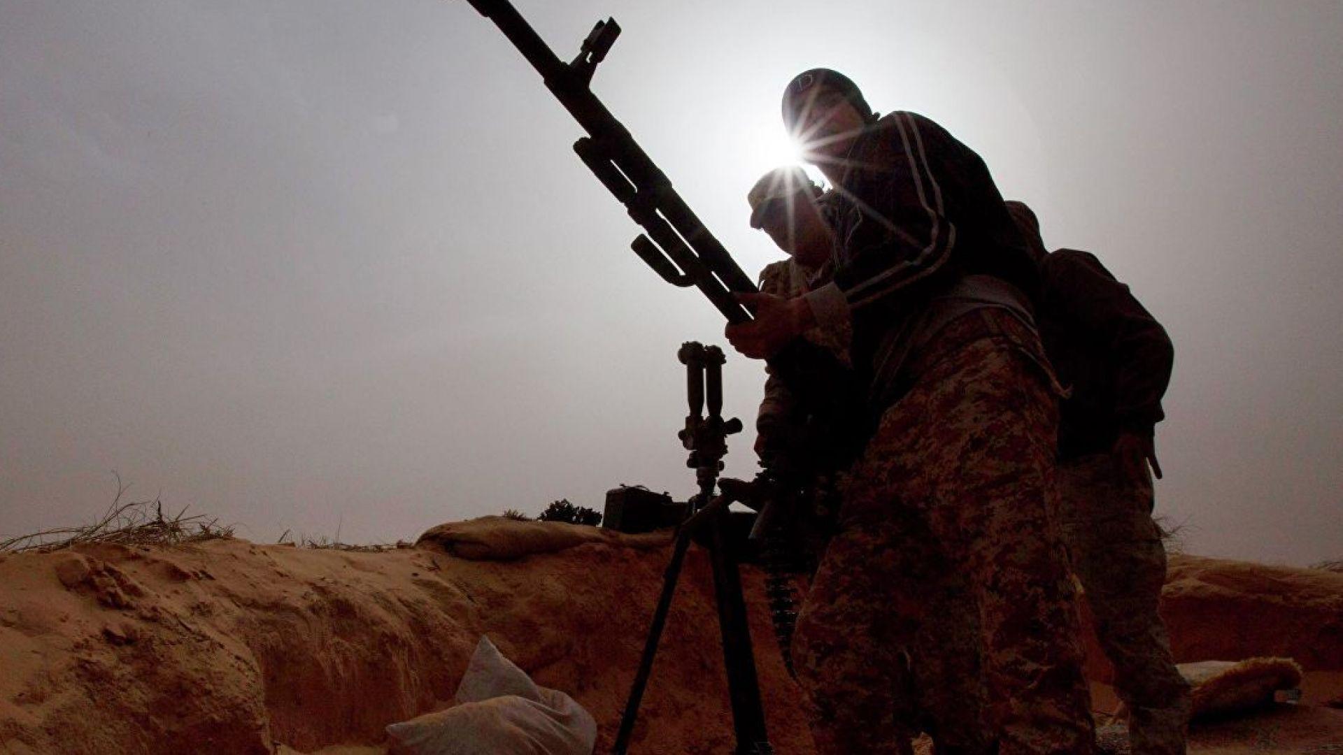 Четири деца загинаха при въздушен удар край Триполи