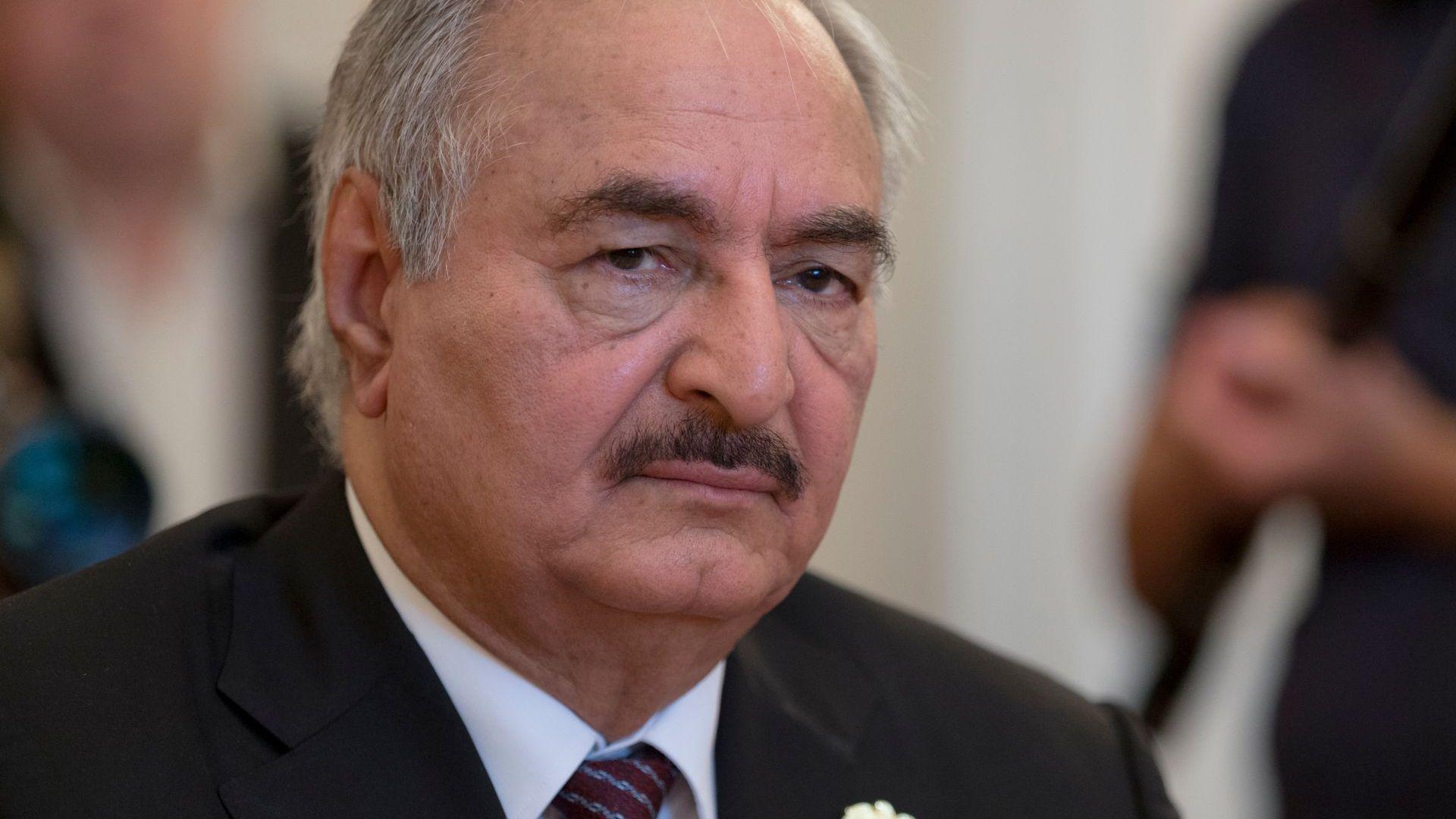 Либийското правителство издаде заповед за задържане на маршал Хафтар