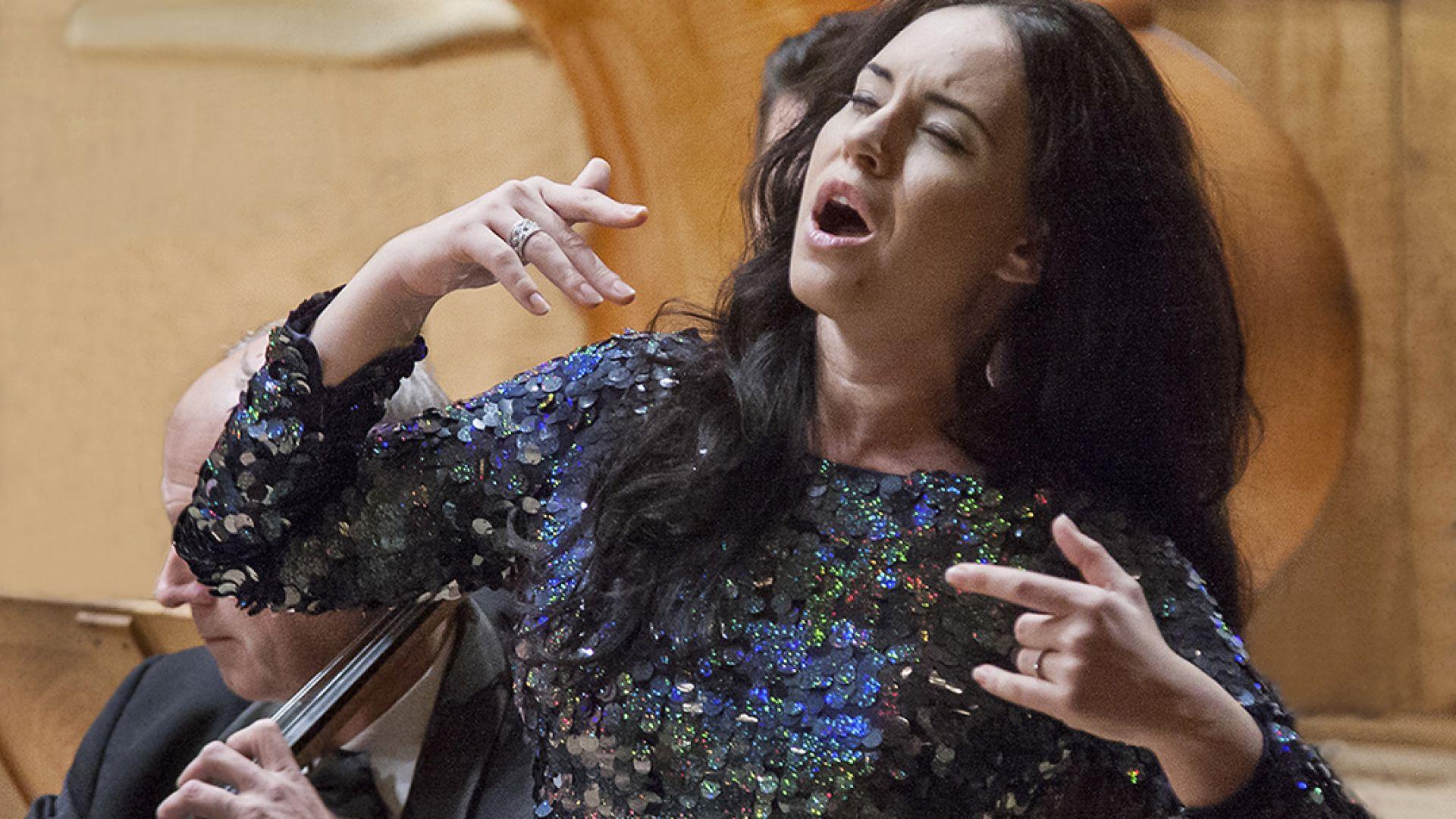 Соня Йончева със забрана да пее в Австрия заради бременността