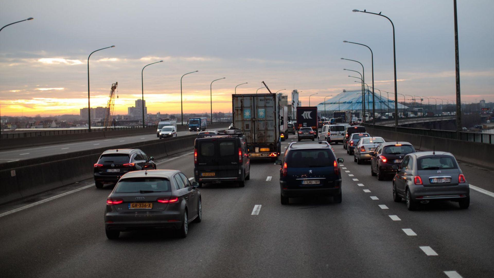 Белгийският пазар на нови автомобили бележи спад