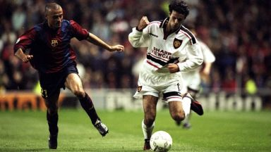 От Стоичков и Робсън до Меси и Роналдо, Юнайтед - Барса е класика (видео и снимки)