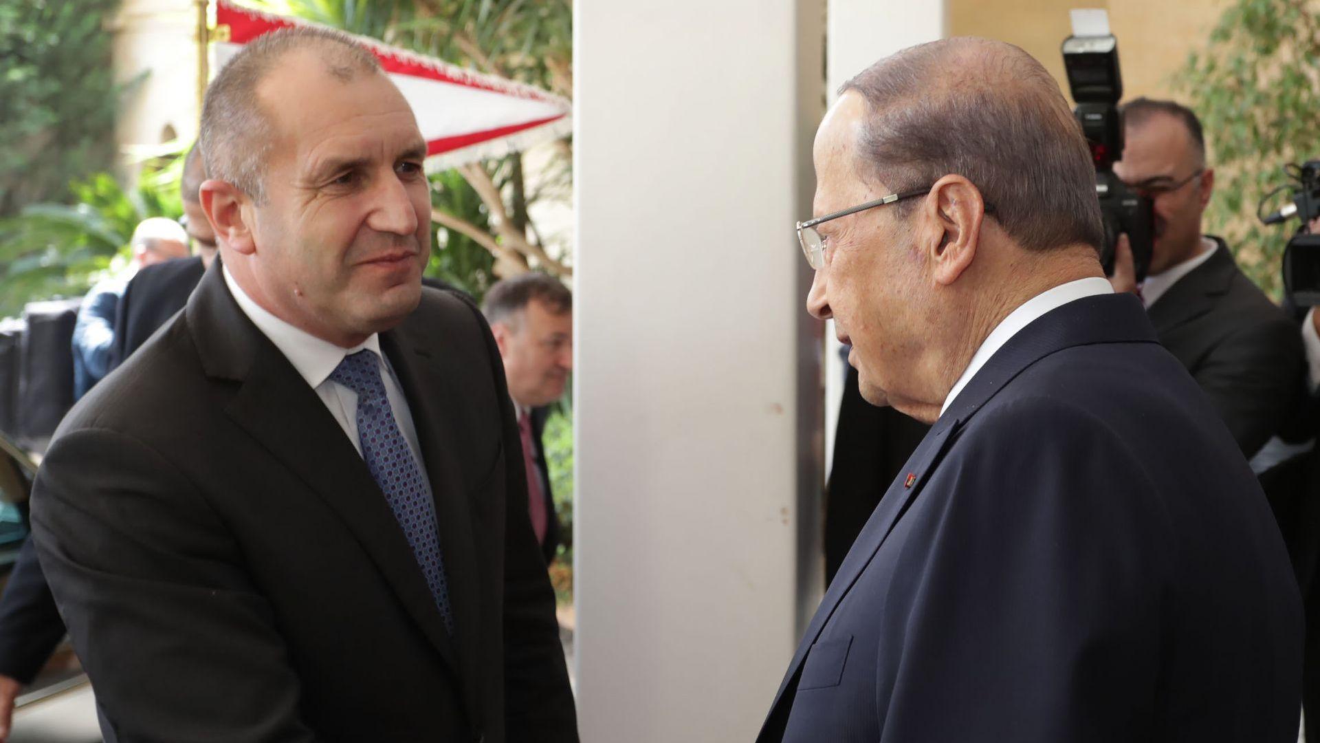 Румен Радев и Мишел Аун обсъдиха директна авиолиния между България и Ливан