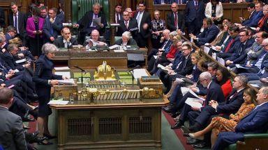 Битката за поста на Мей: Петима атакуваха липсващия на дебатите фаворит