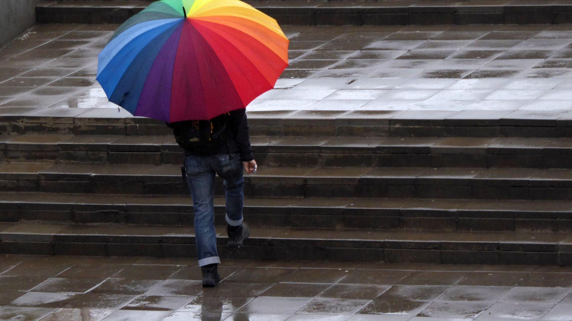 Синоптик: Повече облаци и дъжд ни очакват през април