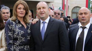 Десислава Радева в рокля със змийски десен в Ливан