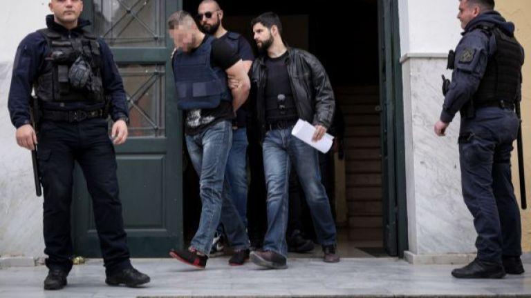 Атински съд призна днес за виновни двамата братя българи за