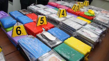 Хеликоптери и водолази търсят още кокаин в морето край Шабла (снимки)
