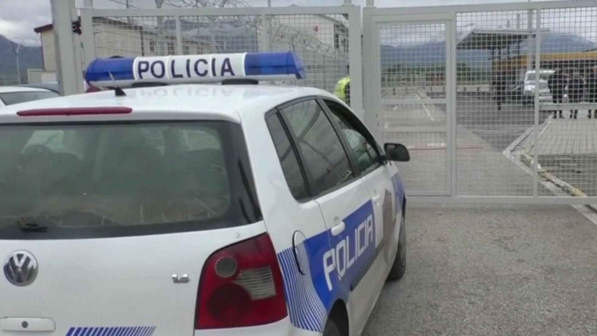 Четирима задържани за обира по холивудски на австрийски самолет