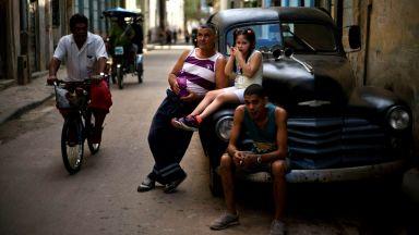 Куба за първи път продава коли втора ръка за долари