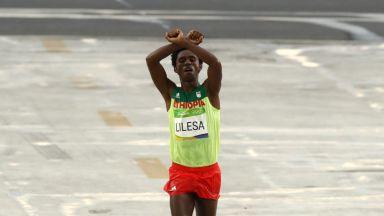 Олимпийски медалист се завърна след политическо изгнание