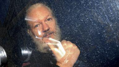 През януари обявяват дали Асанж да бъде екстрадиран в САЩ