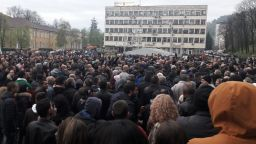 Габрово потъна в боклуци, ромите избягали заради протестите