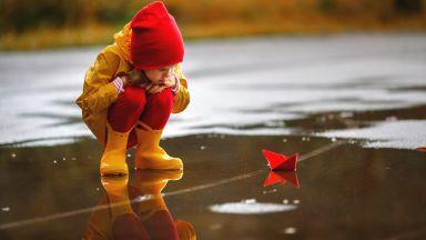 Облачно и дъждовно днес и утре, остава хладно до края на седмицата
