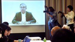 Японските адвокати на Карлос Гон подадоха групова оставка