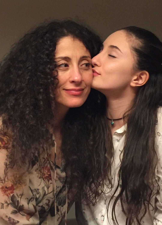 Саня с дъщеря си Алма