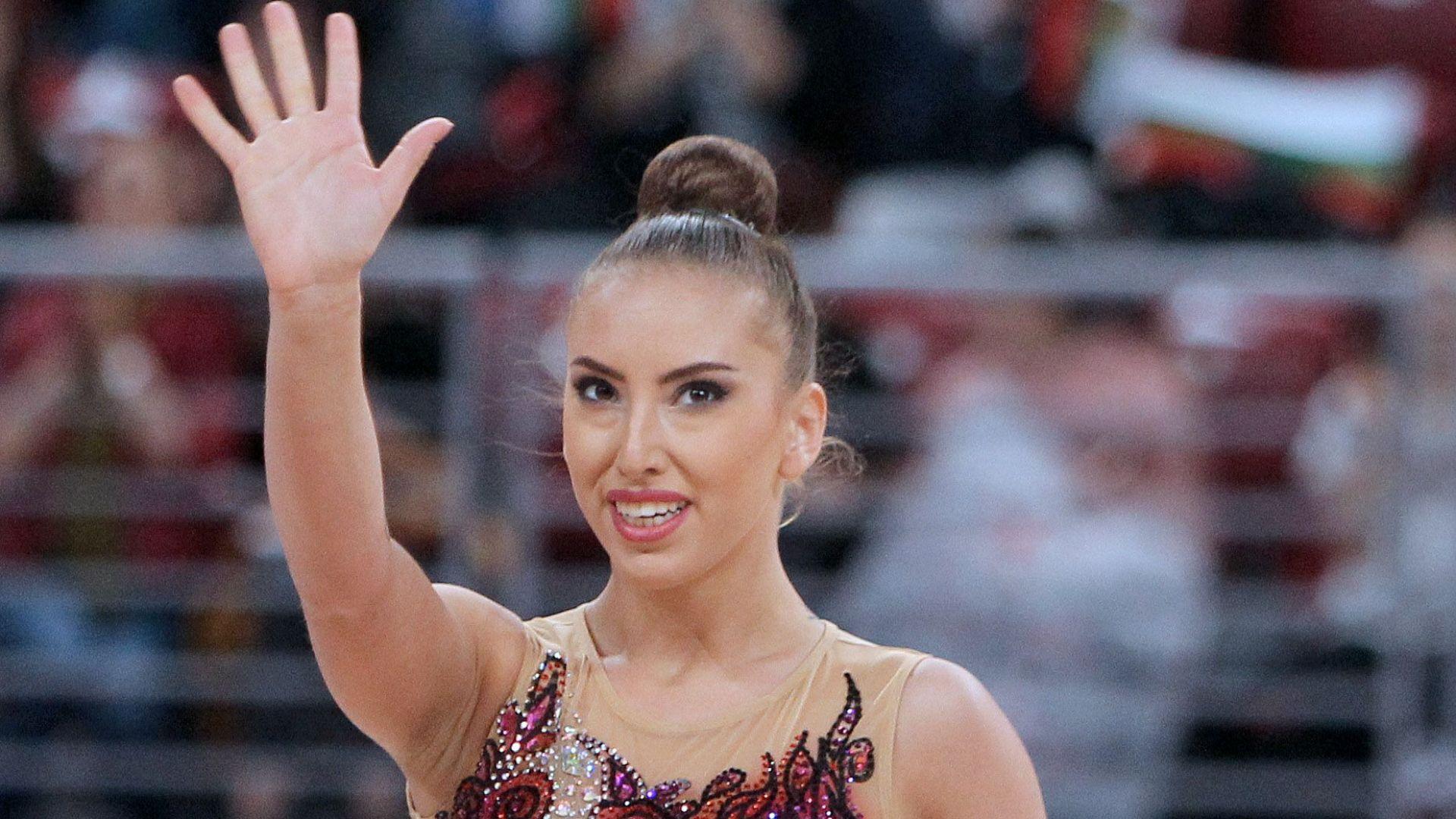 Катрин Тасева спечели Световна купа за сезона на два уреда